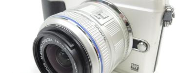OLYMPUS オリンパス PEN Lite E-PL2 ダブルズームキット カメラ ミラーレス一眼 シャンパンゴールド