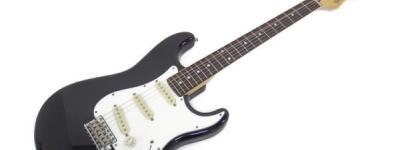 Fender Japan ST-33R ストラト キャスター エレキ ギター