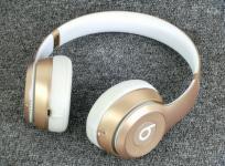 Beats Solo2 Wireless Gold 密閉型ワイヤレスオンイヤーヘッドホン Bluetooth対応