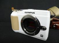 OLYMPUS E-PL2 ボディのみ ボディキャップ バッテリー 収納袋付