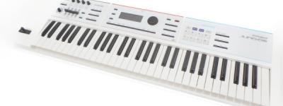 Roland ローランド シンセサイザー JUNO-DS61 ケース スタンド・ペダル付 キーボード 電子ピアノ