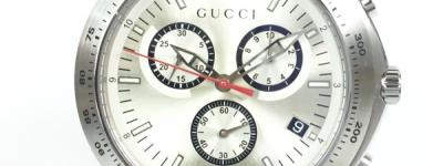 GUCCI グッチ Gタイムレス クロノグラフ クォーツ シルバー文字盤 SS 腕時計 126.2 メンズ