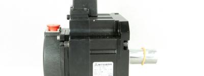 MITSUBISHI 三菱電機 HF-SP52 サーボモーター MELSERVO-J3シリーズ SSCNETIIIインタフェース