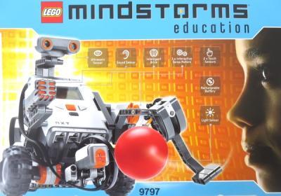 Lego レゴ Mindstorms Education NXT Base Set 9797 レゴ マインドストーム 知育玩具 コンピュータープログラム ロボット作製ブロック おもちゃ