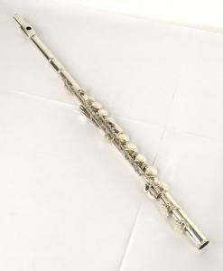 YAMAHA ヤマハ YFL-412 フルート スタンダード 管楽器 Eメカなし ケース付き