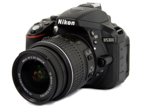 Nikon ニコン 一眼 レフ D5300 レンズキット 18 55mm VR II ブラック デジタル カメラ 2400万画素 3.2型液晶 D5300LK18-55VR2BK