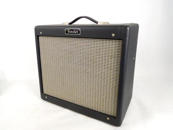 Fender フェンダー Blues Junior ブルースジュニア 180W ギターアンプ コンボ