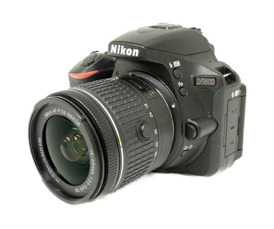 Nikon ニコン 一眼レフ  D5600 レンズキット 18-55 VR ブラック デジタル カメラ Wi-Fi 2400万画素 3.2型液晶