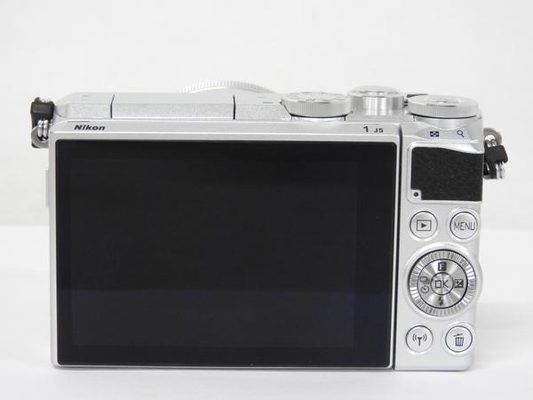 Nikon ニコン ミラーレス一眼 Nikon1 J5 レンズキット 標準パワーズーム シルバー カメラ デジタル HPLK SL